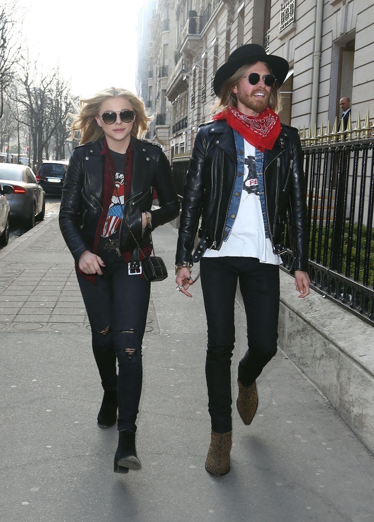 http://celebmafia.com/wp-content/uploads/2015/03/chloe-moretz-street-style-out-in-paris-march-2015_2.jpg