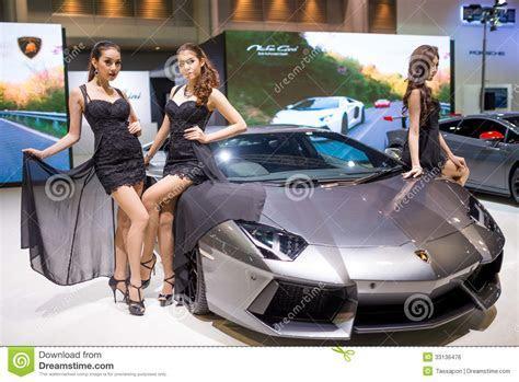 Lamborghini Aventador With Pretty Girls On Display