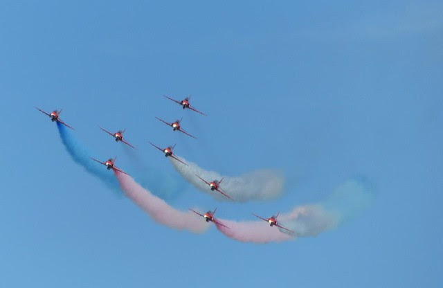 Red Arrows - Airbourne 2013