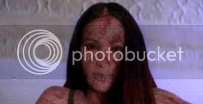 http://i298.photobucket.com/albums/mm253/blogspot_images/Raaz/PDVD_039.jpg