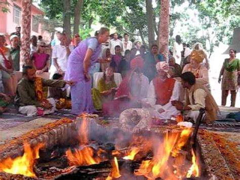 Hindu Marriage/Wedding Ceremony Begins Western Devotees