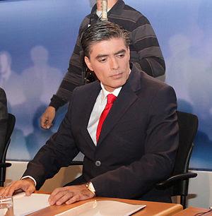 Journalist Nikos Evaggelatos at the six party ...