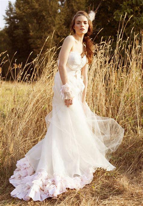 Fall 2013 Spotlight: Wedding Dress Trends   Tulle