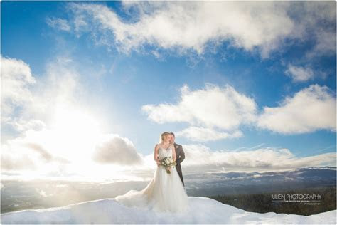 Vancouver Island Wedding Photographers. Serving Nanaimo