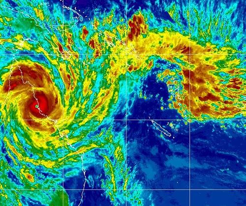 cyclone yasi over queensland coast.jpg