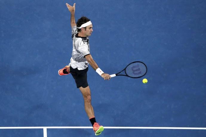 Roger Federer na partida contra Stan Wawrinka pelo Aberto da Austrália (Foto: REUTERS/Jason Reed)
