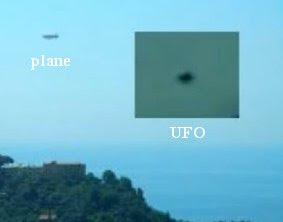 http://www.ufocasebook.com/2011/videovomeronaples.jpg