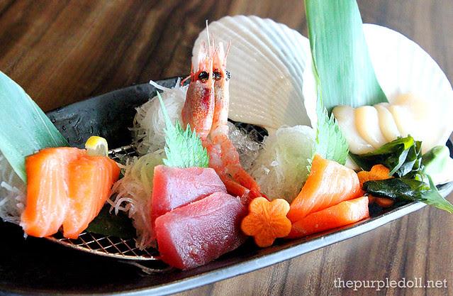 Assorted Sashimi (5 Kinds) P425