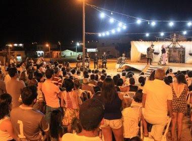 Projeto 'Shakespeare no Sertão' é encerrado com apresentação em Uauá
