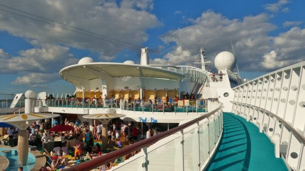 What Makes Royal Caribbean Cruise Liners the Best Choice for All First Timers?