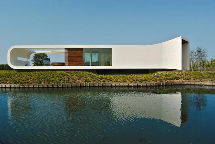 Villa pinggir danau yg indah di Belanda !