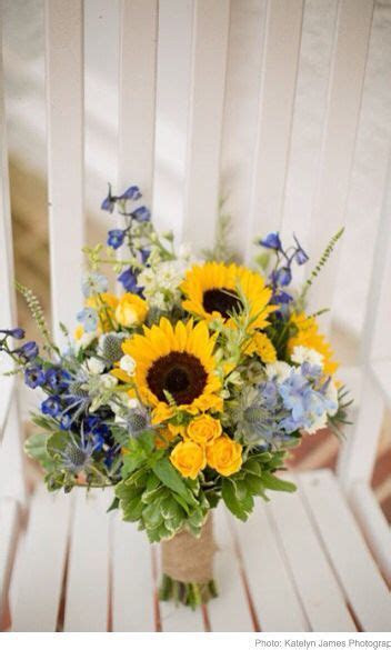 1000  ideas about Sunflower Table Centerpieces on