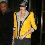 rihanna-yellow-jacket-jewels-03