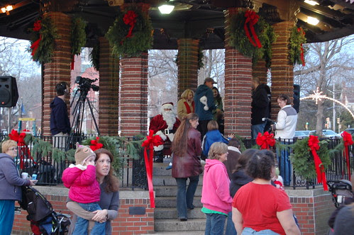 Franklin, MA: Santa arrives