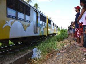 Trem atropela surdo-mudo em João Pessoa (Foto: Walter Paparazzo/G1 PB)