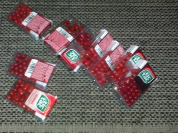 Red tic tacs 350 px