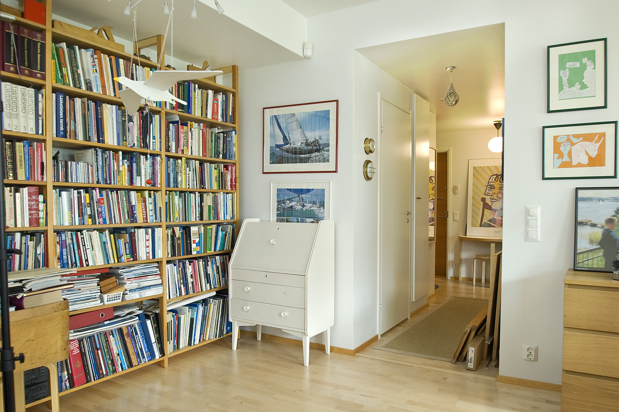 lifestyle Blog – Book Smart: A library in the home is design worthy!