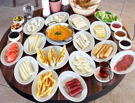 İftar ve Sahur Zamanında Rahatlatacak Gıdalar