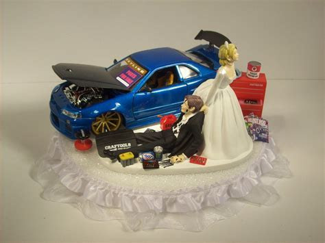 AUTO Mechanic Bride and Groom 2002 Nissan Skyline GTR r34 Blue