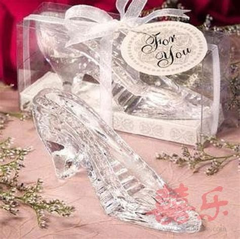 Cinderella Crystal Shoe   Wedding Favors > Unique Favors