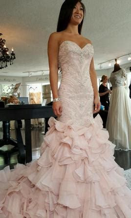 Maggie Sottero Serencia, $1,700 Size: 2   New (Un Altered