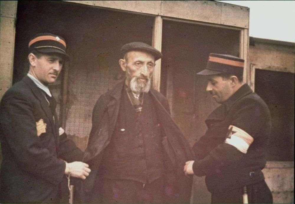 Еврейские гетто фашистской Германии: театры, рестораны, кафе, рэкет, нищета, антисанитария…