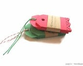 25 Christmas Tags, Vintage Lace Red Tags, Red gift tags, Green Gift tags, Christmas gift tags, Vintage lace edge tags , Holiday gift tags - papirvendage