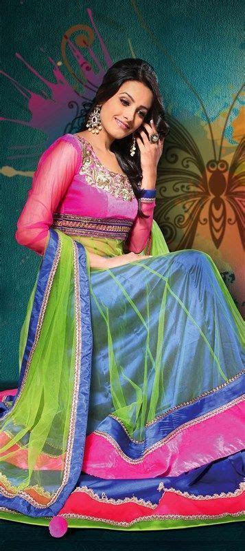Download Bollywood Actress Wearing Indian Wedding Saree