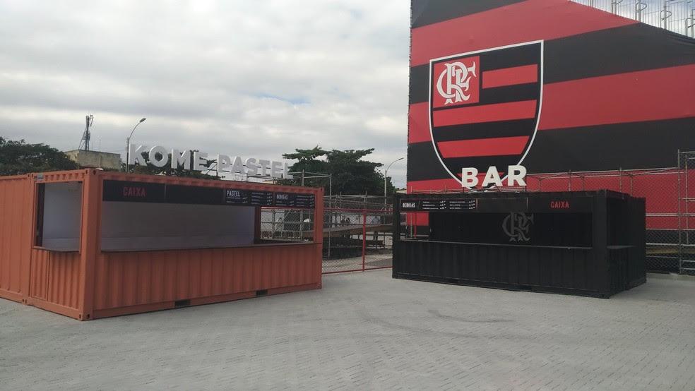 Bares da Arena do Flamengo, na Ilha (Foto: Vicente Seda)