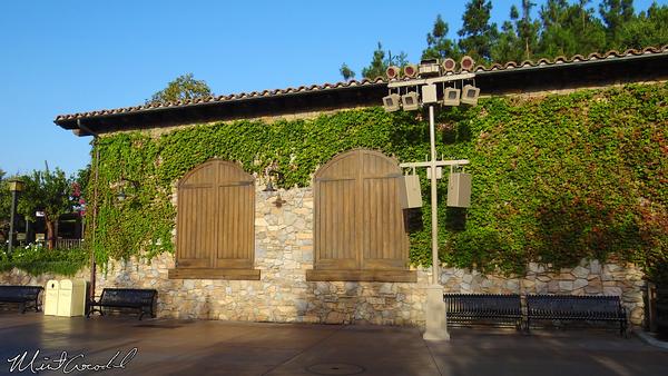 Disneyland Resort, Disney California Adventure, Blue Sky Cellar