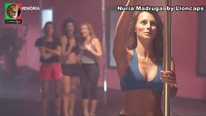 Nuria Madruga sensual na serie Agua de Mar