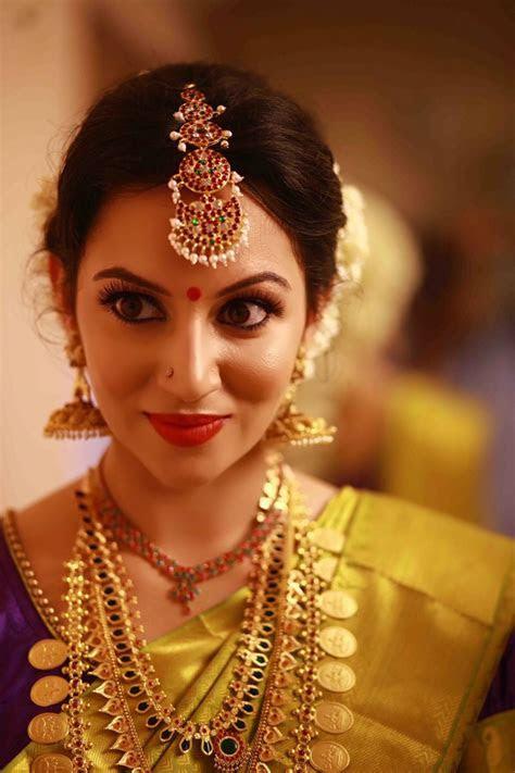 Blogger Bride Emits Bollywood Charm In A Kerala Wedding