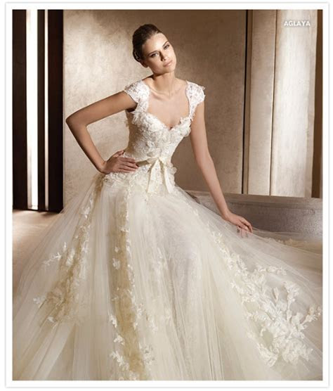 wedding dresses   elie saab 2012   Something Turquoise