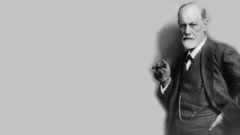 Sigmund Freud fumando
