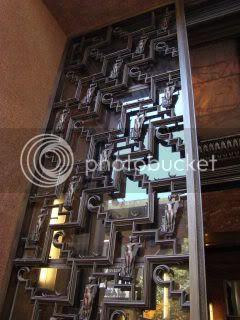 Palacio Minetti - Front door