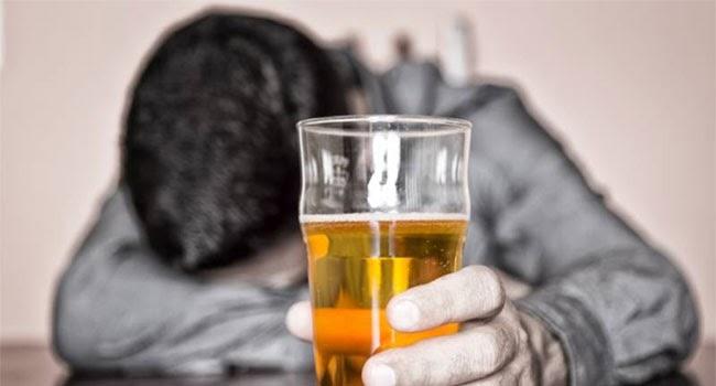 शराबियों के लिए बुरी खबर. हिमाचल में आज से महंगी होंगी शराब, जाने क्या होंगे दाम