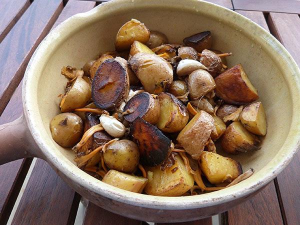pommes de terre et chanterelles