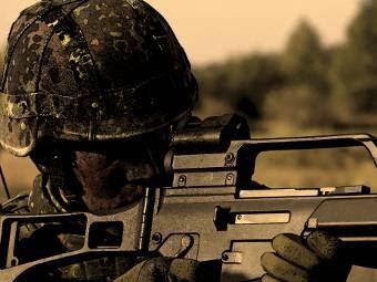 Немецкий военнослужащий с G36. Изображение с сайта bundeswehr.de