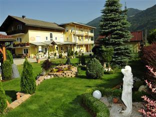 Hotel Garni Zerza Reviews