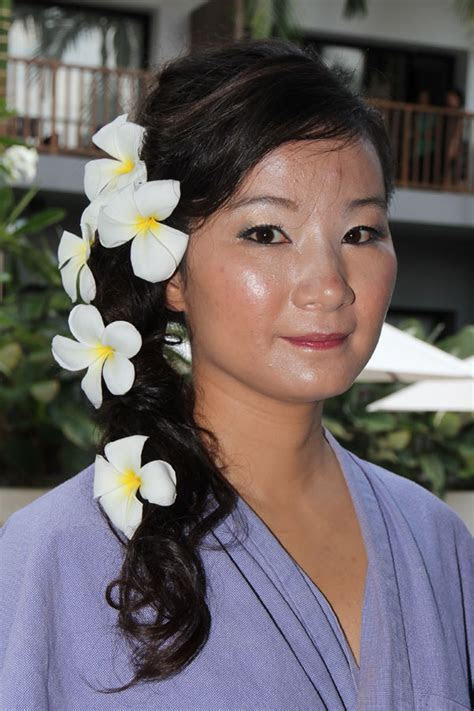 Hair Style Page 001 : Wedding Ceremony Accessory : Pattaya