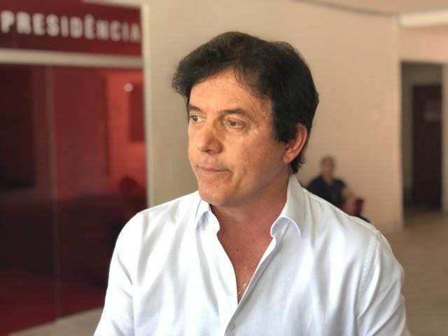 Justiça do RN determina bloqueio de R$ 6,3 milhões do ex-governador Robinson Faria