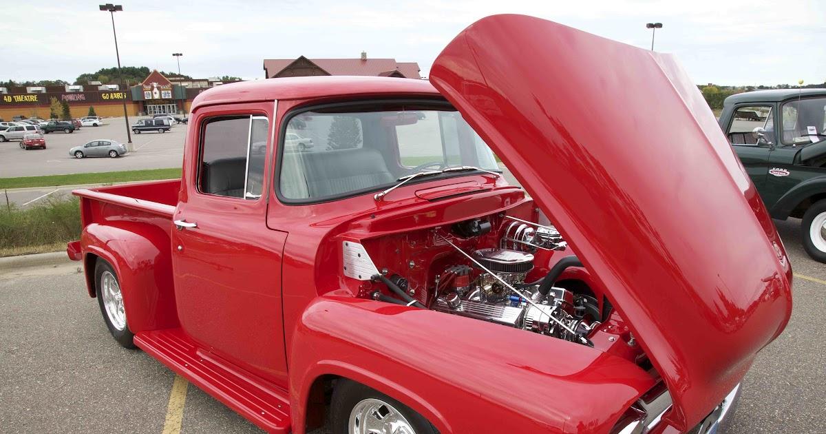 Newport grand slots car show