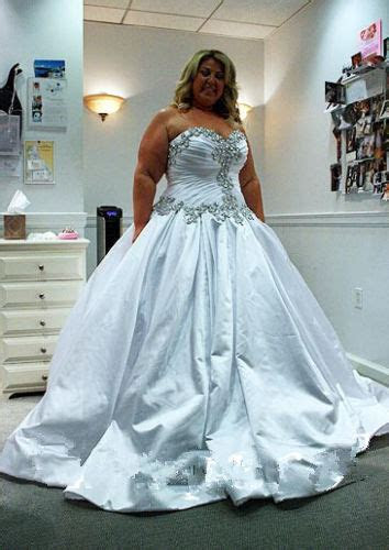 custom beaded bridal gown crystal   wedding dress