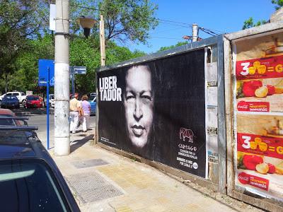 En homenaje a Chávez en las calles de Neuquen en la Patagonia Argentina