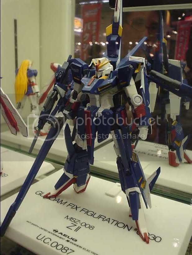 Gundam Fix Figuration Zeta II, look at the high heels :-D