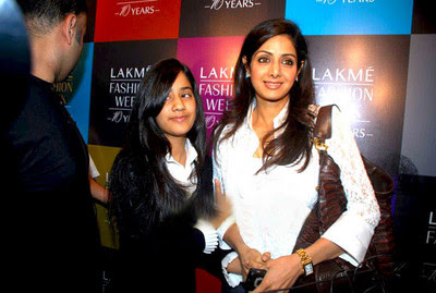 sridevi-with-her-daughter-at-lfw.jpg