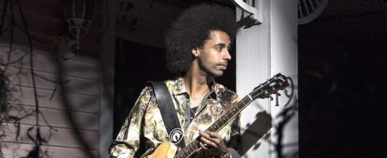 """Blues Star Selwyn Birchwood Debuts Video """"Freaks Come Out At Night"""""""