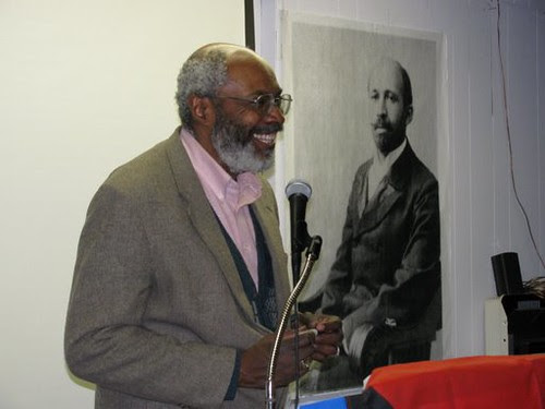 """Abayomi Azikiwe, editor of the Pan-African News Wire, addressing the MECAWI forum entitled: """"African-Americans Speak Out for Palestine"""" on January 31, 2009. (Photo: Alan Pollock) by Pan-African News Wire File Photos"""