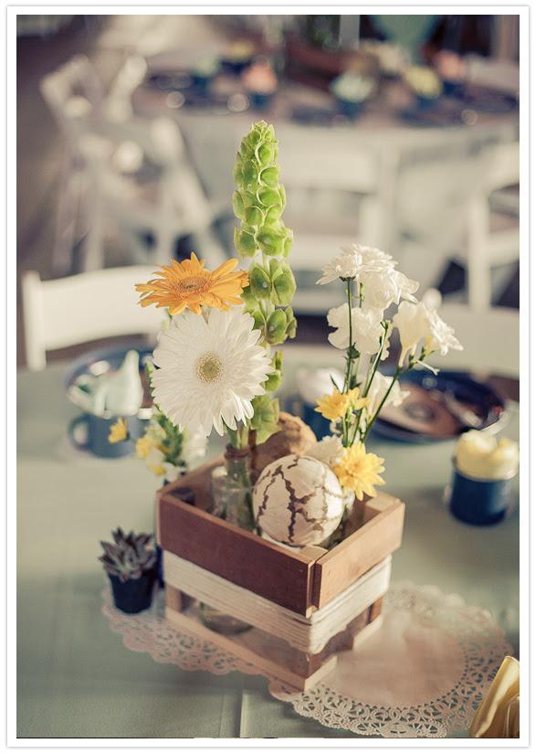 simple daisy centerpieces