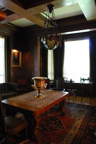 Hancock Memorial Museum, Library